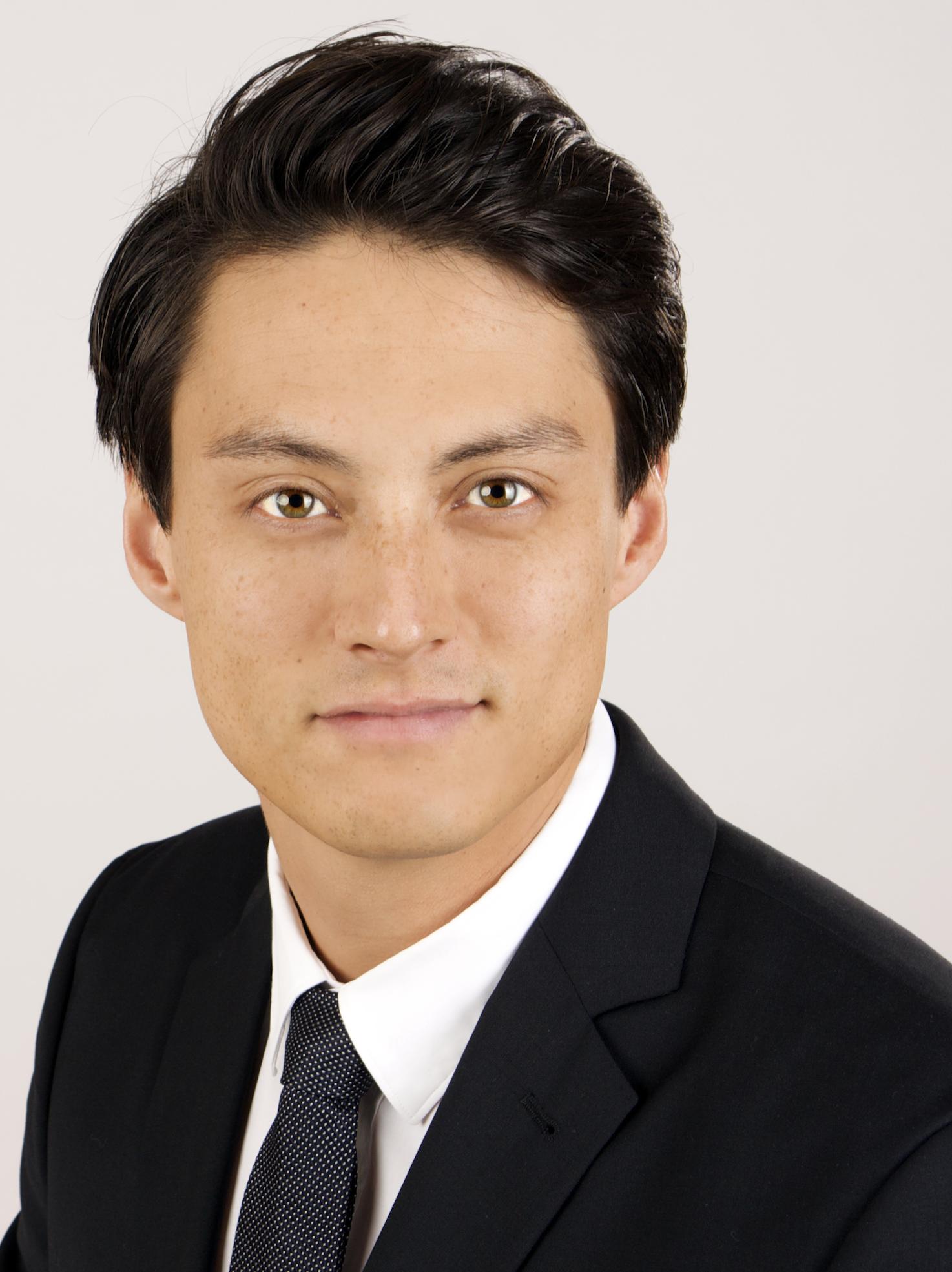 Dr. Nils Kraiczy